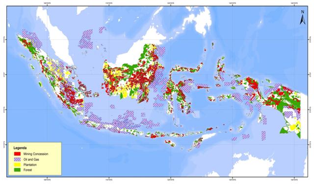Konsesi Tambang, Migas dan Perkebunan yang Mengkapling Hampir 45% Luas Wilayah Indonesia. (JATAM 2014)