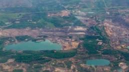 Lubang eks Tambang, Aktivis Lingkungan Demo Gubernur Kaltim Jumat, 07/10/2016 13:13 WIB Lubang bekas tambang di Kalimantan Timur. (Foto: Antara)