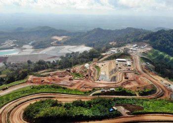 Area Tambang Tumpang Pitu (Tujuh Bukit) milk PT Bumi Suksesindo (Anak usaha PT Merdeka Copper Gold Tbk) di Banyuwangi, Jawa Timur. JIBI/Bisnis/Abdullah Azzam